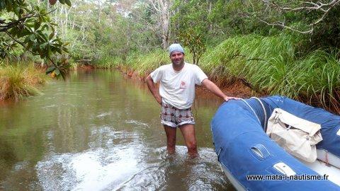 Remontée de rivière en Nouvelle Calédonie