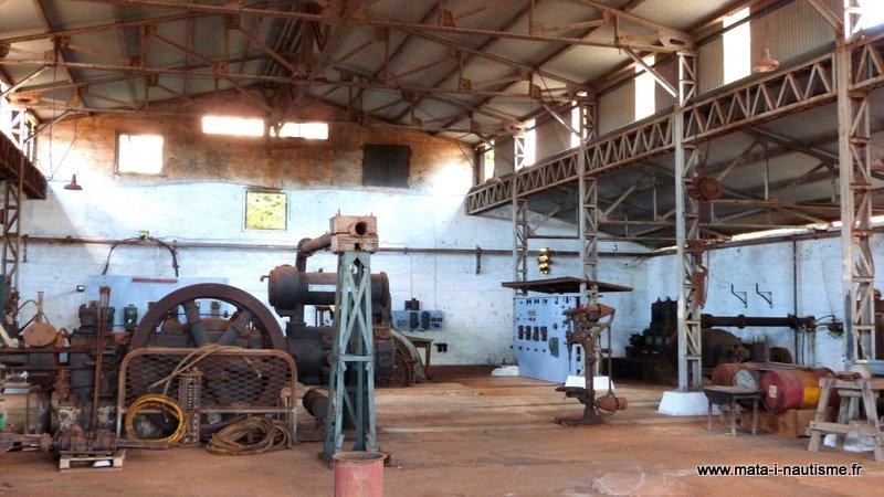 Vieilles machines mine Tiebaghi
