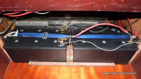 Batteries à bord d'un voilier comme FIDJI