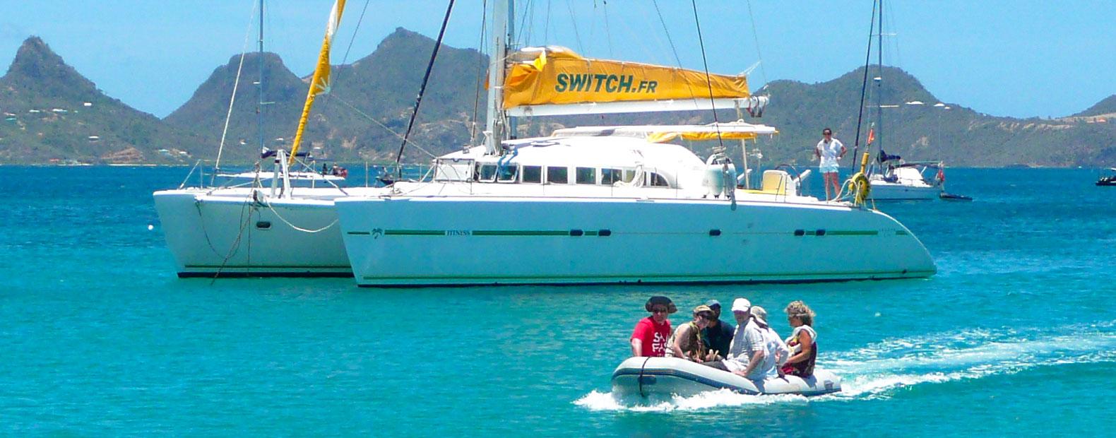Le métier d'hôtesse de bord catamaran charter Antilles