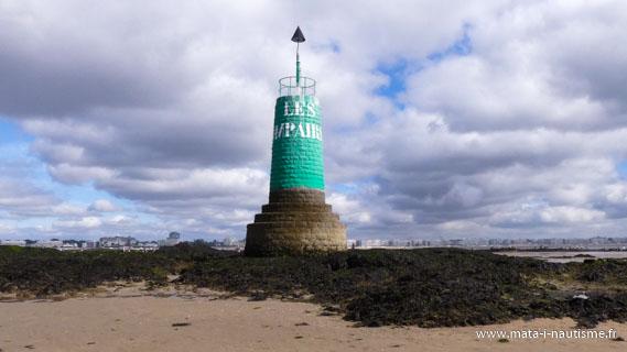 Le phare des impairs à marée basse
