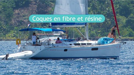 Coques de voilier en fibre et résine