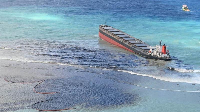 Marée Noire à l'Île Maurice
